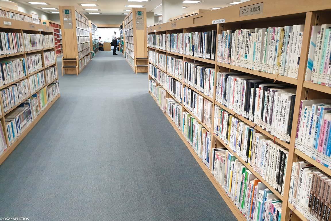 大阪府立中央図書館-121618
